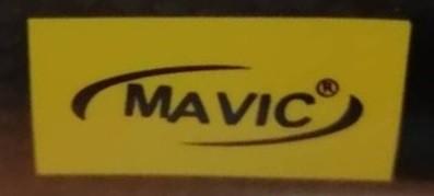 模造品MAVICロゴ