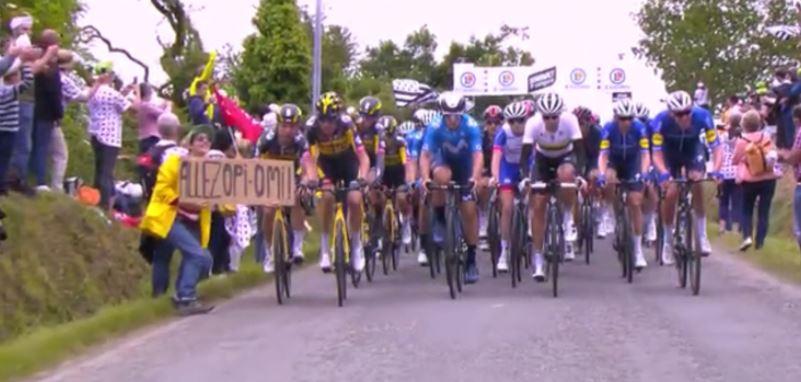 ツール・ド・フランス第1ステージ大規模集団落車