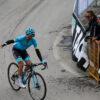 UCIがボトル投げの罰則を緩和 小指かけエアロポジションは処罰対象に -   cyclowired